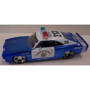 Maisto 1/24 Scale Diecast Custom Shop Series 1969 Dodge