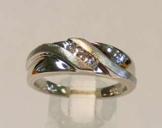 10K WHITE GOLD MENS THREE STONE DIAMOND WEDDING RING BAND *