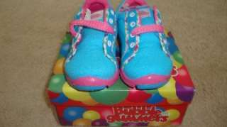 Kids ( infant   toddler ) sneakers tennis shoes girls size US 8 EU24