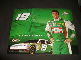 2010 ELLIOTT SADLER HUNTS BROS. PIZZA NASCAR POSTCARD